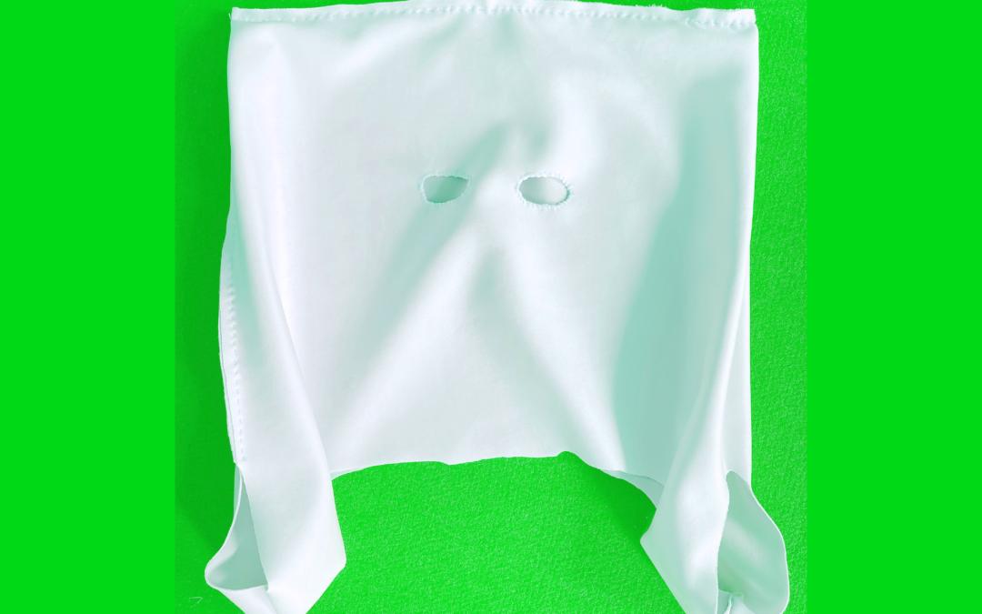 La création comme elle vient : confinée ou le masque sac
